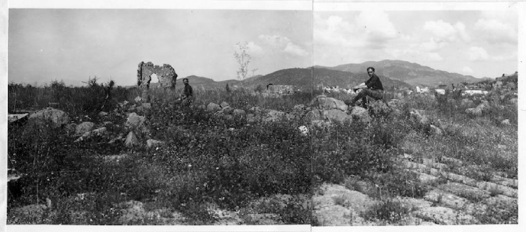 Φωτογραφικό μοντάζ με τον Δοξιάδη στα ερείπια της αρχαίας Περγάμου. Πηγή: Αρχείο Κωνσταντίνου Δοξιάδη © Constantinos and Emma Doxiadis Foundation