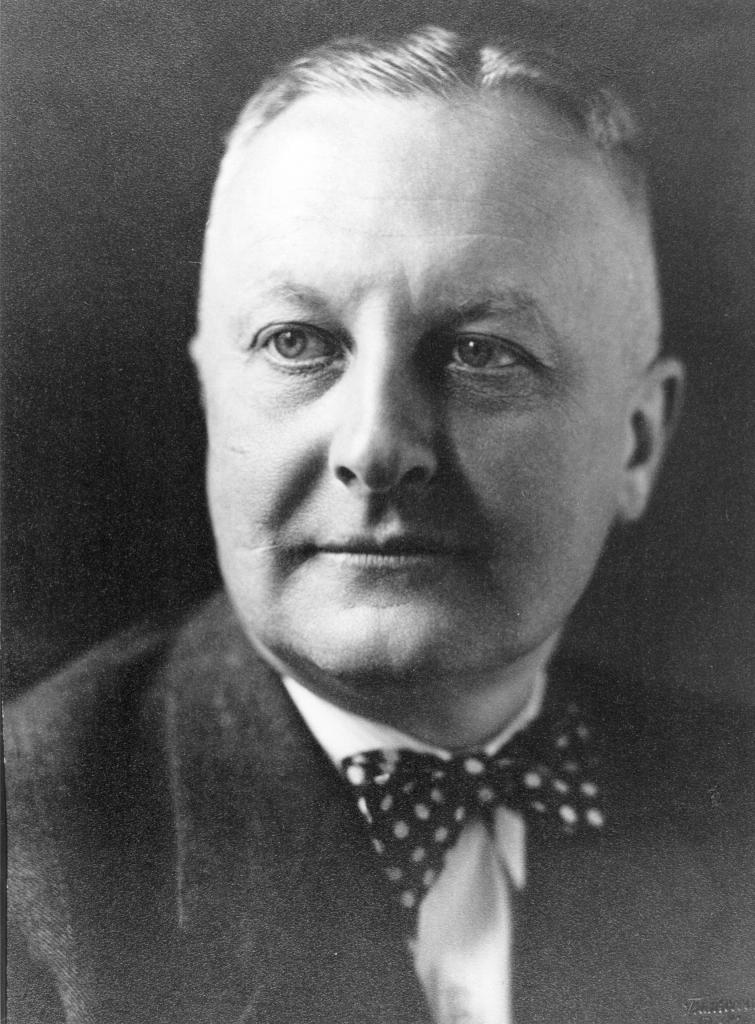 Günther Altenburg