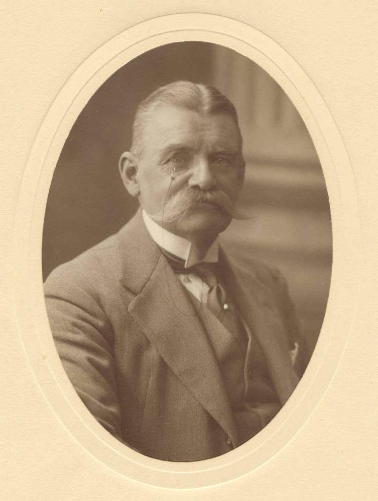 Maximilian von Ratibor und Corvey