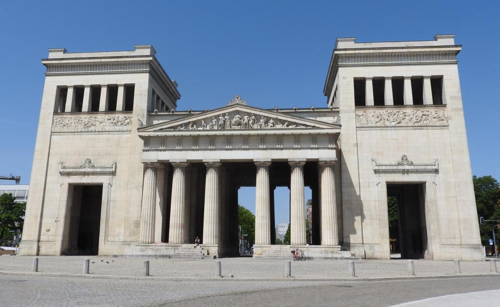 Propyläen auf dem Münchner Königsplatz, Foto: Christina Koulouri